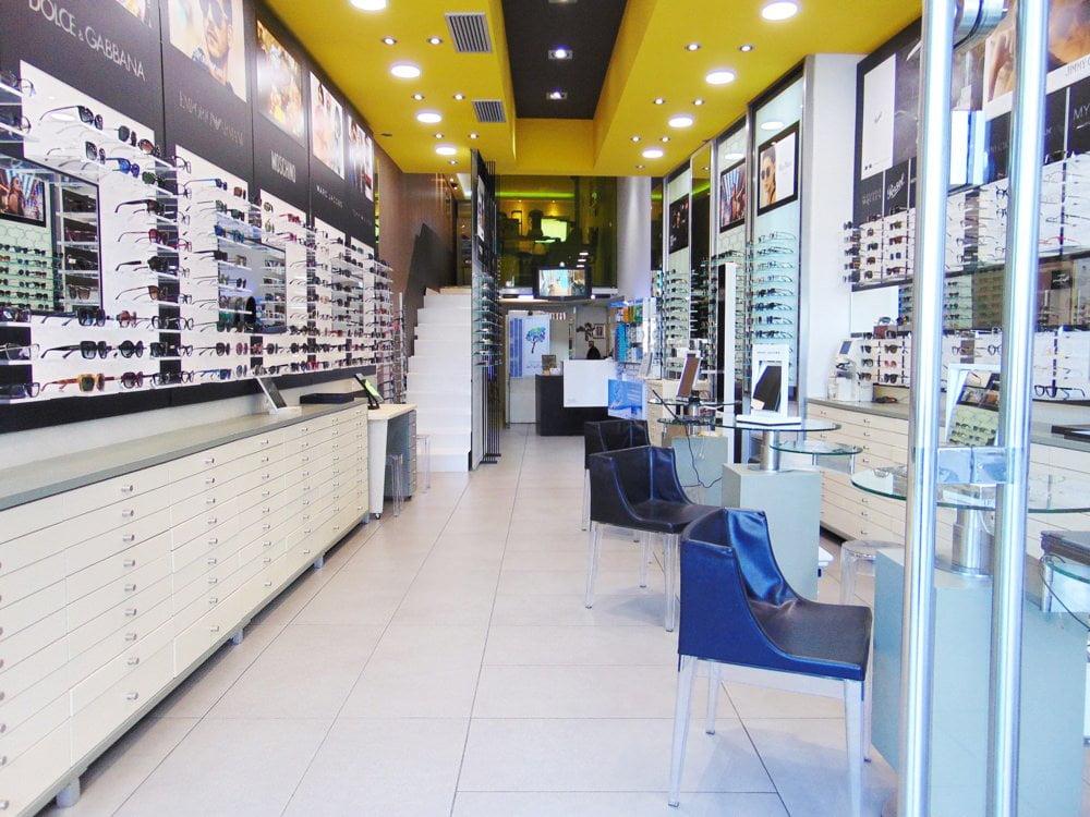 d71340e4b1 Τα Καταστήματα Οπτικών και Ακουστικών Βαρηκοΐας ΛΙΟΛΙΟΣ στη Βέροια